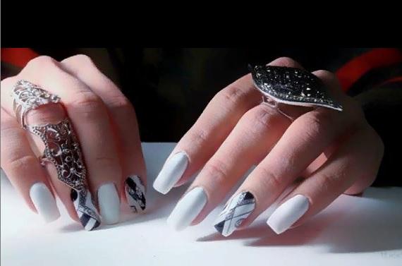 записаться на коррекцию ногтей в салон красоты
