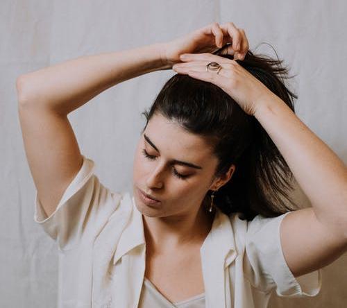 Благоприятные дни для стрижки волос по лунному календарю с 1 по 15 апреля 2021 года